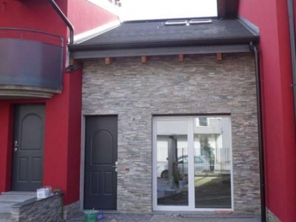 Villetta a schiera in vendita a Caronno Pertusella, 130 mq - Foto 1