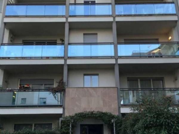 Appartamento in vendita a Arese, 85 mq