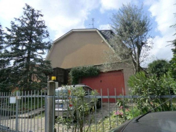 Villa in vendita a Arese, 250 mq - Foto 2