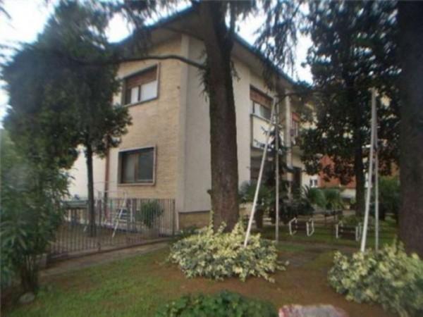 Villa in vendita a Bollate, 640 mq