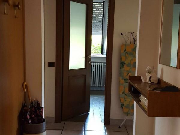 Appartamento in vendita a Gallarate, Caiello, Arredato, con giardino, 90 mq