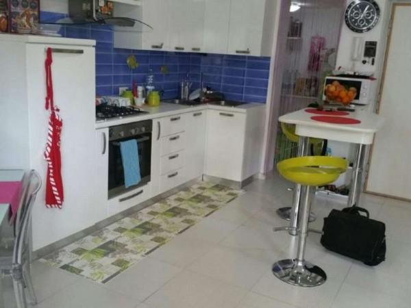 Appartamento in vendita a Caserta, Centro, 72 mq