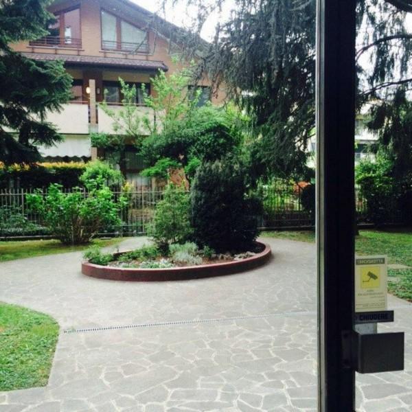Appartamento in vendita a Vedano al Lambro, Parco, Arredato, con giardino, 110 mq - Foto 2
