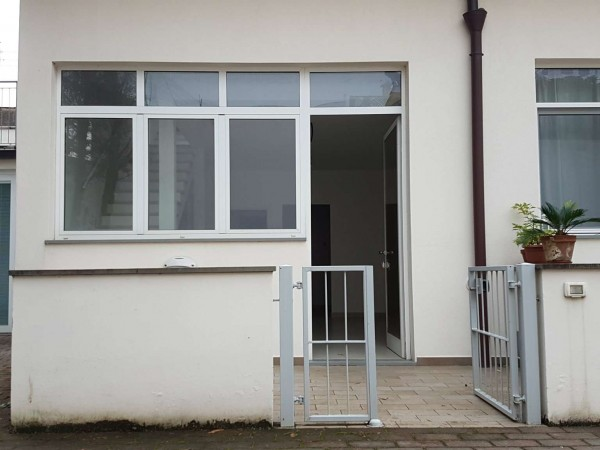 Casa indipendente in vendita a Firenze, 90 mq