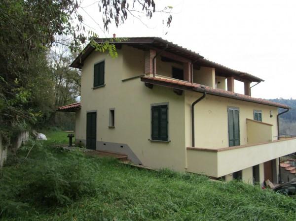 Casa indipendente in vendita a Rignano sull'Arno, Con giardino, 130 mq