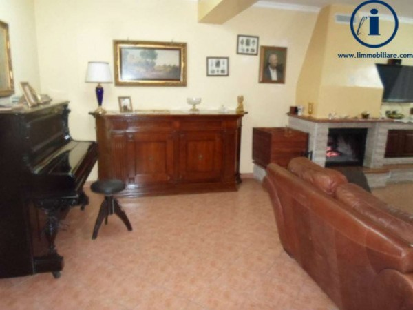 Appartamento in vendita a Caserta, Mercato, 180 mq - Foto 17