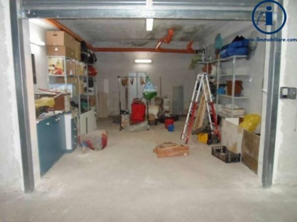 Appartamento in vendita a Caserta, Mercato, 180 mq - Foto 3