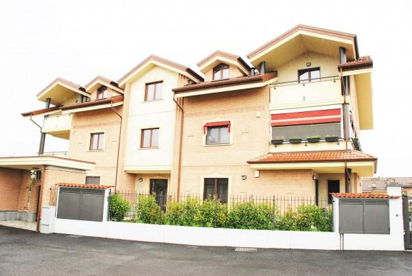 Appartamento in vendita a Piobesi Torinese, Centro Paese, 81 mq
