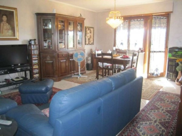 Appartamento in vendita a Vinovo, Vinovo, 90 mq - Foto 1