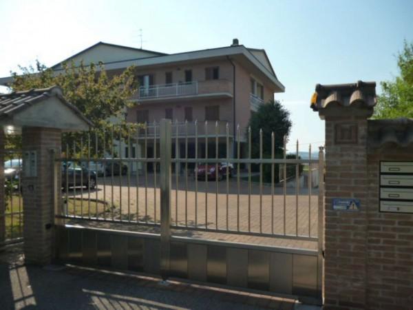 Appartamento in affitto a Perugia, Pila, Arredato, 75 mq