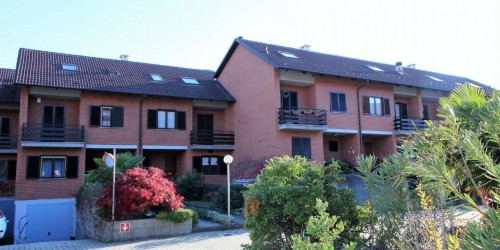 Villetta a schiera in vendita a Alpignano, Belvedere, Con giardino, 250 mq