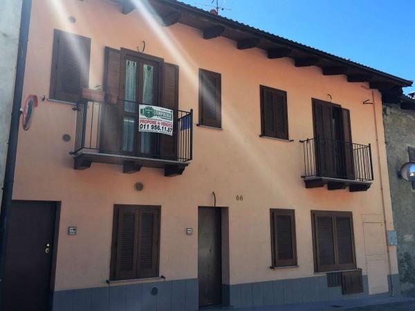 Appartamento in vendita a Caprie, Centro, 72 mq