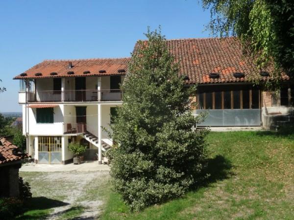 Casa indipendente in vendita a Mondovì, Piazza, Con giardino, 180 mq