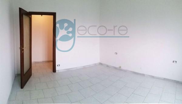 Appartamento in vendita a Milano, Valsesia, 61 mq