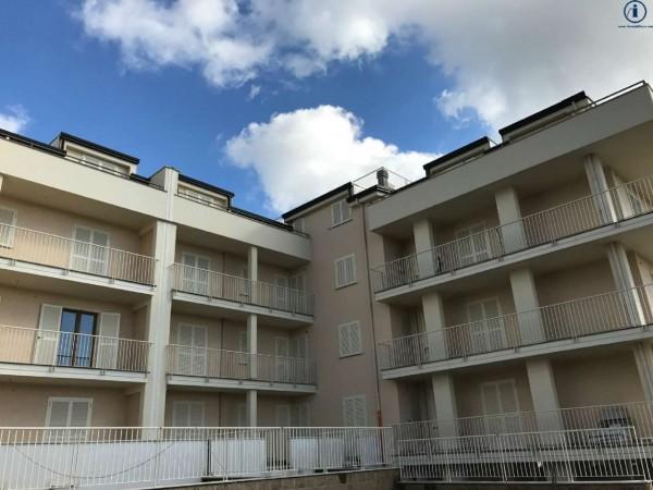 Appartamento in vendita a Caserta, 90 mq
