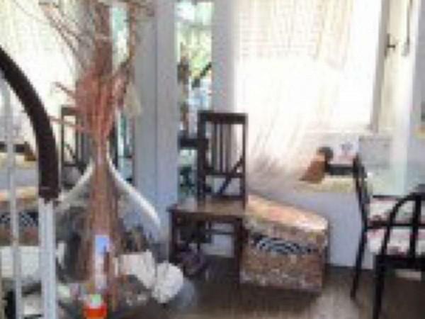 Casa indipendente in vendita a Uscio, 60 mq
