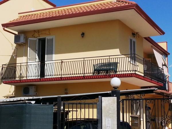 Casa indipendente in vendita a Siracusa, Isola Carrozziere, 130 mq