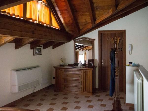 Appartamento in vendita a Cittiglio, Centro, Con giardino, 70 mq - Foto 22