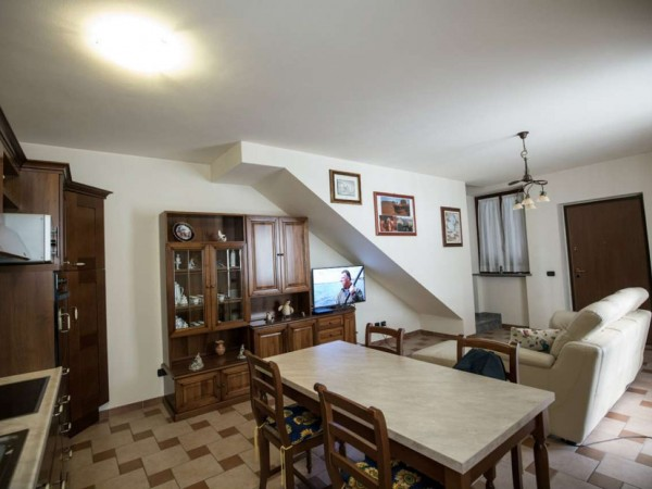 Appartamento in vendita a Cittiglio, Centro, Con giardino, 70 mq - Foto 6