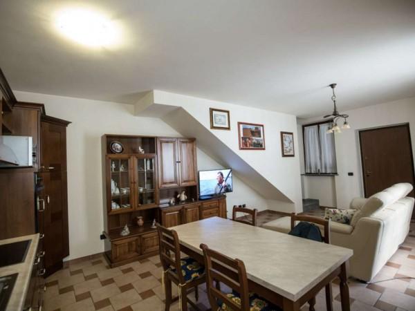 Appartamento in vendita a Cittiglio, Centro, Con giardino, 70 mq - Foto 24
