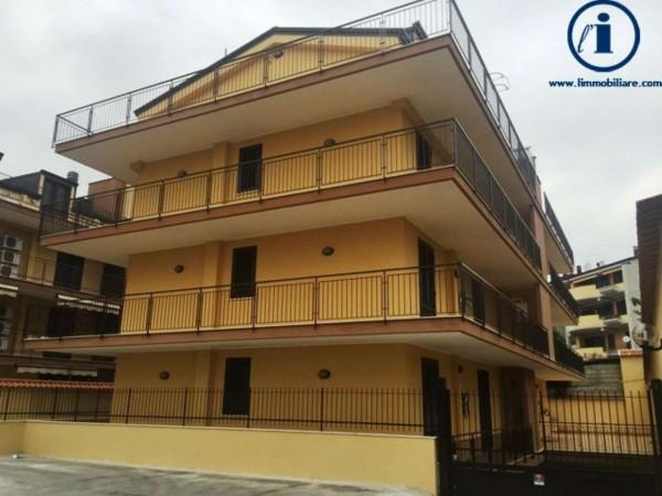 Appartamento in vendita a Caserta, Puccianiello, 145 mq