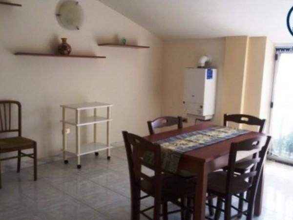 Appartamento in vendita a Caserta, Falciano, 65 mq