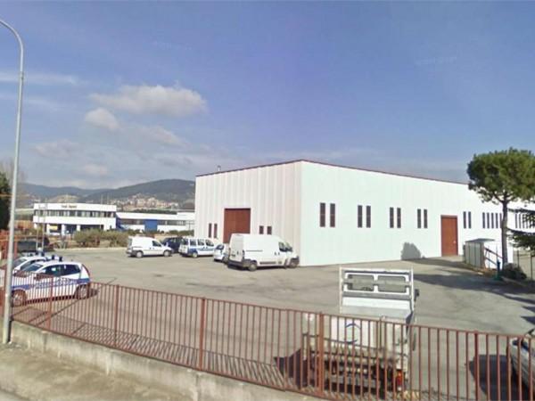 Capannone in affitto a Perugia, S.andrea Delle Fratte, 400 mq