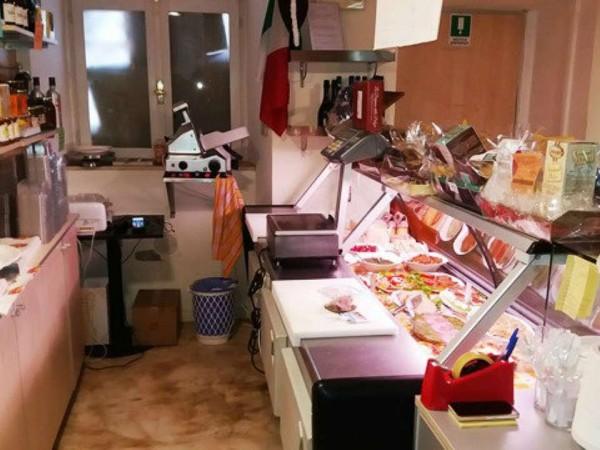 Locale Commerciale  in vendita a Asti, Centro, Arredato, 90 mq - Foto 12