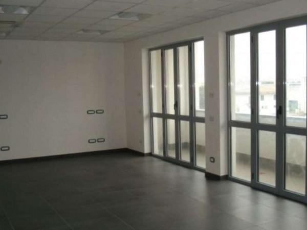 Ufficio in affitto a Cesate, 80 mq