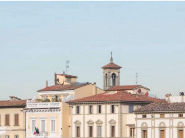 Locale Commerciale  in vendita a Firenze, 1050 mq - Foto 1