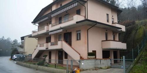 Appartamento in vendita a Bertinoro, Zona Terme, Arredato, con giardino, 100 mq
