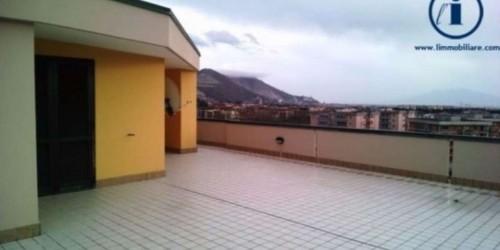 Appartamento in vendita a Caserta, Petrarelle, 120 mq - Foto 21