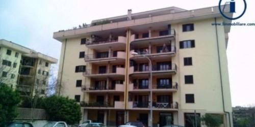 Appartamento in vendita a Caserta, Petrarelle, 120 mq - Foto 3