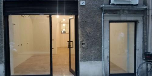 Negozio in affitto a Brescia, Centro Storico Pregiato, 60 mq