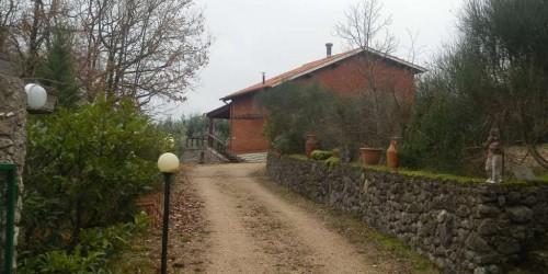 Locale Commerciale  in vendita a Magione, Borgogiglione, Con giardino, 110 mq