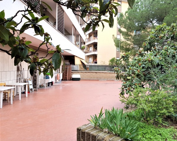 Appartamento in vendita a Roma, Torre Spaccata, 55 mq