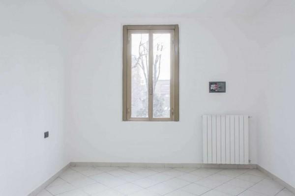 Appartamento in vendita a Sesto San Giovanni, Campari, Con giardino, 75 mq