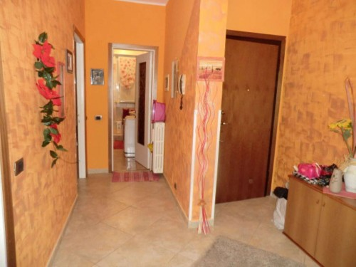 Appartamento in vendita a Garbagnate Milanese, Arredato, 90 mq