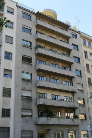 Ufficio in affitto a Milano, 121 mq