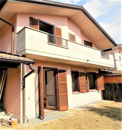 Casa indipendente in vendita a Biandronno, 300 mq - Foto 12