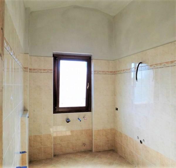 Casa indipendente in vendita a Biandronno, 300 mq - Foto 5
