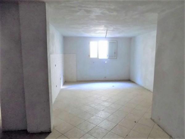 Casa indipendente in vendita a Biandronno, 300 mq - Foto 3