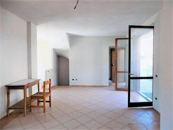 Casa indipendente in vendita a Biandronno, 300 mq - Foto 9