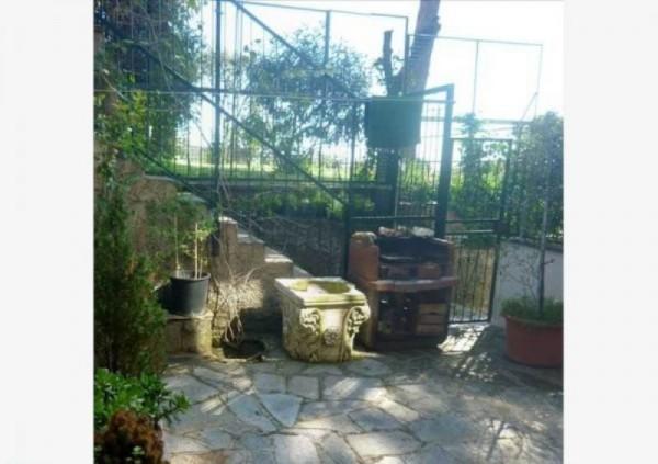 Appartamento in vendita a Recco, Con giardino, 65 mq
