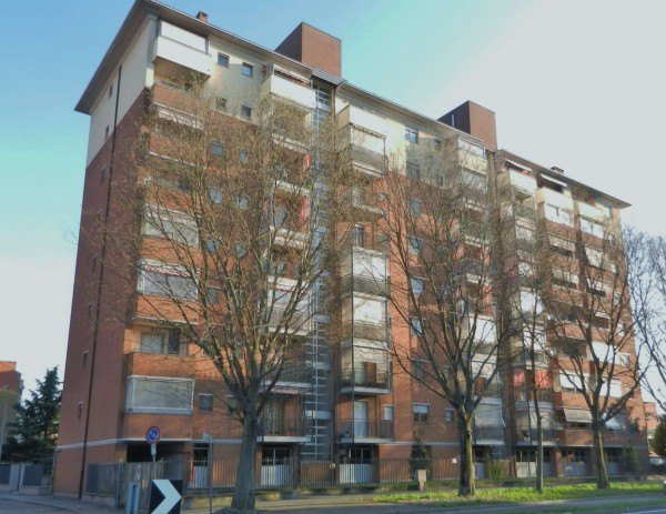 Appartamento in vendita a Venaria Reale, Altessano, Con giardino, 65 mq