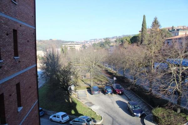 Locale Commerciale  in affitto a Perugia, Arredato, 98 mq - Foto 2