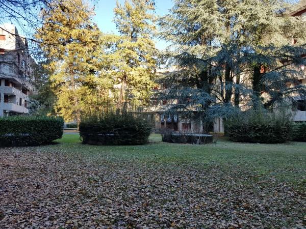 Appartamento in vendita a Varese, Masnago, Con giardino, 160 mq