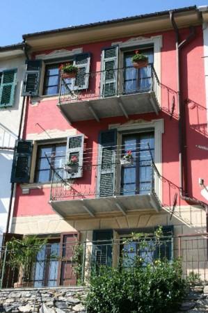 Villetta a schiera in vendita a Avegno, Con giardino, 210 mq - Foto 1
