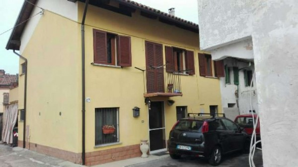 Casa indipendente in vendita a Asti, Sud, 120 mq