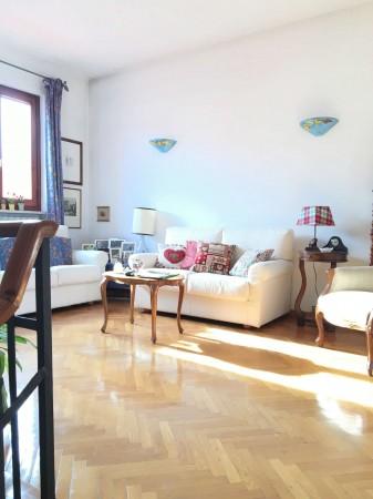 Casa indipendente in vendita a Firenze, Con giardino, 215 mq